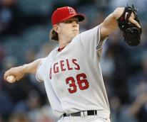 jered weaver capt. .angels_white_sox_baseball_cxs103.jpg