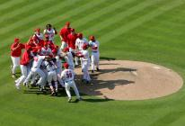 team celebrates at the mound fullj.getty-73396887lb005_seattle_marin.jpg