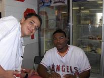 Howie Kendrick poses for an pic with fan during autograph session.jpg